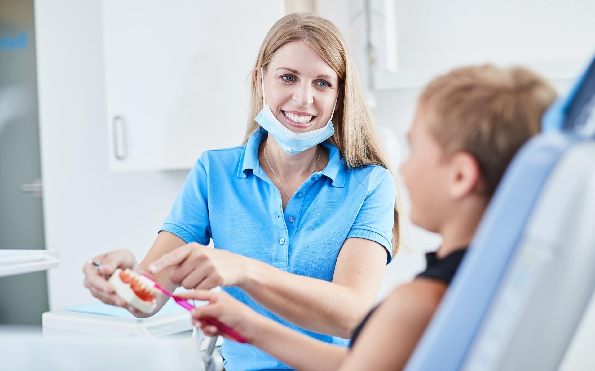 Zahnarzt Dr. Christian Richter - Die Wohlfühlpraxis im Herzen von Brackenheim 8